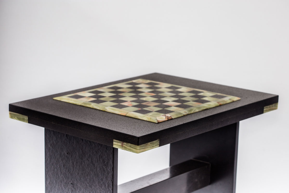Onyx Chess board side view